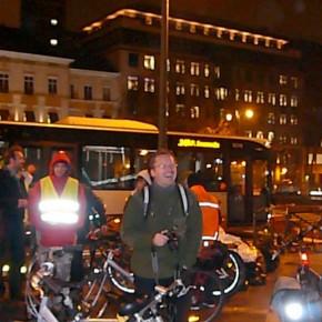25 novembre 2011, la Masse Critique Porte de Namur